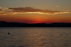 Solnedgång sjö Lipno, tjeckiska Republick Arkivfoto