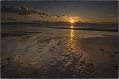 Solnedgång - Skottland HÄRLIGT SOLNEDGÅNGHAV I SKOTTLAND royaltyfri foto
