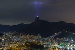 Solnedgång som är panorama- av Rio de Janeiro Christ Redeemer Arkivbilder