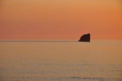 Solnedgång St Agnes, Cornwall Arkivbilder
