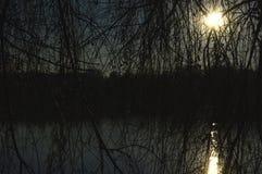Solnedgång till och med en pil Royaltyfria Foton