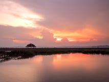 Solnedgång under himmel 1 arkivbild