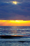 Solnedgång vid medelhavet Royaltyfri Fotografi