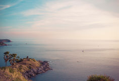 Solnedgångafton, havssynvinkel arkivfoto