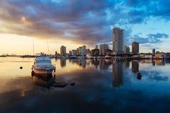 Solnedgångar för Manila fjärd arkivfoton