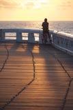 Solnedgångcyklist Royaltyfri Fotografi
