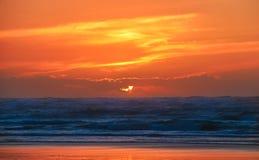 Solnedgången av färgar Arkivfoton