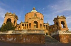 Bologna: San Luca fristad på solnedgången Royaltyfri Fotografi