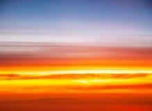 Solnedgången färgar Arkivbilder