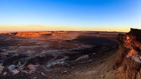 Solnedgången för den Sahara öknen vaggar på i den marockanska delen av den Sahara öknen Royaltyfri Fotografi