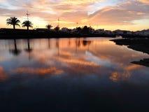 Solnedgången för kanariefågelön på Lanzarote övergav fartyget arkivbild