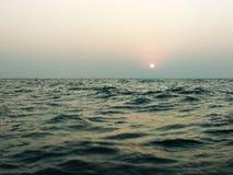 solnedgånghavssikt royaltyfri bild