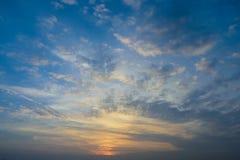 Solnedgånghimmelbakgrund Fotografering för Bildbyråer