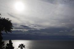 Solnedgånglandskap av havet Arkivfoto