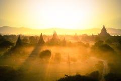 Solnedgångpagod Arkivbild