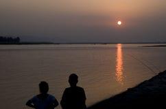 Solnedgångpar Royaltyfri Fotografi