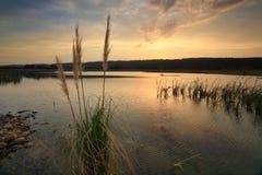 SolnedgångPenrith sjöar Arkivfoto