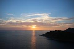 SolnedgångPhuket synvinkel Thailand Arkivbilder