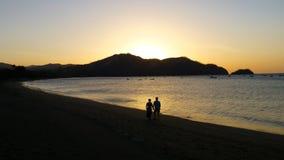 Solnedgångpromenad i Costa Rica Arkivfoton