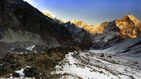 Solnedgångsikt av Annapurna arkivfoto