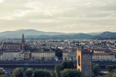 Solnedgångsikt av den florence staden, Italien Arkivfoton