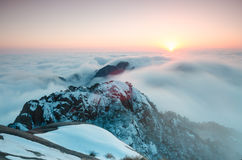 Solnedgångsikt från bergöverkant Royaltyfri Fotografi