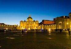 Solnedgångsikt i Vaticanet City, Italien royaltyfri bild