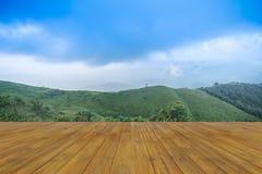 Solnedgångsiktspunkt på Nern Chang Suek Viewpoint, Pilok, Kanchanab Royaltyfri Bild