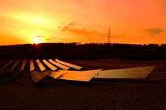 Solnedgångsolpaneler Royaltyfri Bild