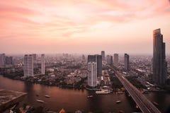 Solnedgångstad i bangkoken Arkivbilder