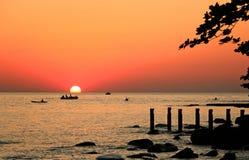 Solnedgångstrandlandskap royaltyfria foton