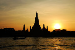 solnedgångtempel royaltyfri fotografi