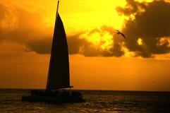 solnedgångvatten Arkivfoton