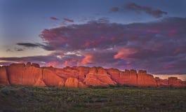 solnedgång USA utah för bågeoklarhetsnationalpark Royaltyfri Bild