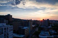 Solnedg?ng i Montreal royaltyfria foton