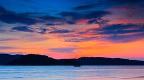 Solnedgång av Langkawi Arkivfoton