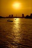 Solnedgång i London under sommartid Fotografering för Bildbyråer