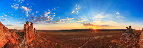 Solnedgångpanorama Isalo Royaltyfri Foto