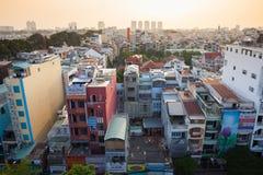 Solnedgångsikt av Ho Chi Minh City horisont, Vietnam Royaltyfria Bilder
