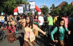 Jordtimmeaktion i Indonesien Arkivbild