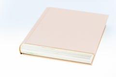 Solo libro marrón Imágenes de archivo libres de regalías