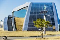 Solpanel alternativ källa av energi Arkivfoto