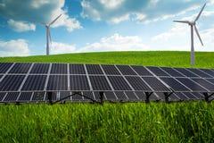 Solpanel och förnybara energikällor Fotografering för Bildbyråer