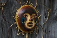 Solprydnad i vördnad på gammal ladugård Royaltyfria Bilder