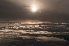 Solreflexion från flygplanet Arkivbilder