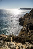 Solsken över havet arkivfoto