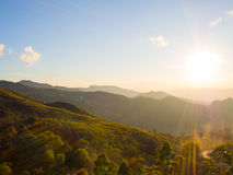 solsken på berget Arkivbilder