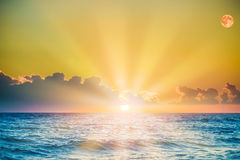 Soltse rise of the sea in the morning Royalty Free Stock Photos