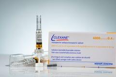 Solución de las jeringuillas de Clexane para la inyección en jeringuillas prellenadas y aguja de la inyección con el sistema de s fotos de archivo
