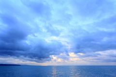 Soluppgång över Blacket Sea abkhazia pitsunda Arkivbild